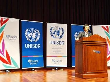Mr Ahn Young-kyoo discusses Korean municipalities' commitment to the Resilient Cities Campaign (Photo: UNISDR)