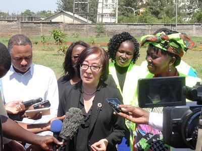 Mami Mitzutori speaking with the press in Kisumu yesterday flanked by city manager Doris Ombara, and head of Africa regional office, Amjad Abbashar