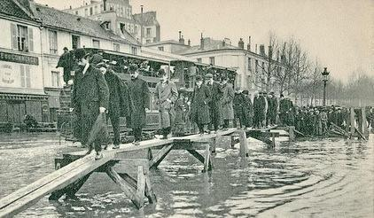 <b>Faded memory: </b>A repeat of the 1910 floods in Paris would now affect up to 5 million people and cause up to Euros 30 billion of damage.