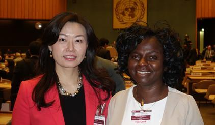 "(left to right) Representing Major Groups at today""s Preparatory Committee meetings for the Third UN World Conference on Disaster Risk Reduction, Sandra Wu, Private Sector, and Evelyn Nguleka, Farmers. (Photo: UNISDR)"