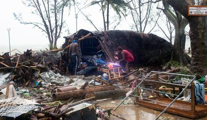 Devastation in Port Vila, Vanuatu, in the wake of Category 5 Cyclone Pam. (Photo: Alice Clements/UNICEF Pacific and Humans of Vanuatu)