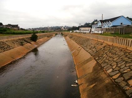 Cameroon's capital Yaoundé is building a network of drainage canals to curb flood risk (Photo: UNISDR)