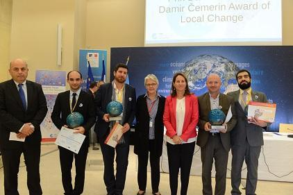 The Damir Čemerin Award ceremony, held at the opening of the European Forum for Disaster Risk Reduction, brought together (from left) Ivo Goldstein, Ambassador of Croatia in France; Arnaud Brun of winning start-up TENEVIA; Edouard Le Goff of Kinaxia; Margareta Wahlström, head of UNISDR; Ségolène Royal, France's Minister of Ecology, Sustainable Development and Energy; Alix Roumagnac of Predict; and Jonathan Wertel of 3D Eau (Photo: MEDDE-MLETR/B. Suard)