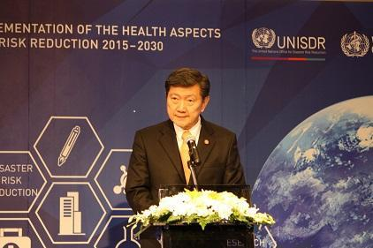 Thailand's Minister of Public Health, H.E. Clin. Prof. Emeritus Piyasakol Sakolsatayadorn said the International Conference was about identifying opportunities to integrate health in disaster risk reduction. (Photo: UNISDR)