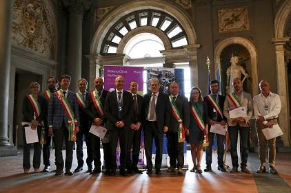 Today's signing ceremony for the Making Cities Resilient Campaign in Florence
