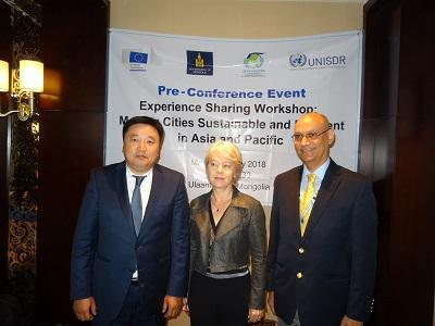 (from left): At the Making Cities Resilient event, Sundui Batbold, the Mayor and Governor of Ulaanbaatar, Beate Trankmann, UN Resident Coordinator, and Sanjaya Bhatia, UNISDR Making Cities Resilient Campaign