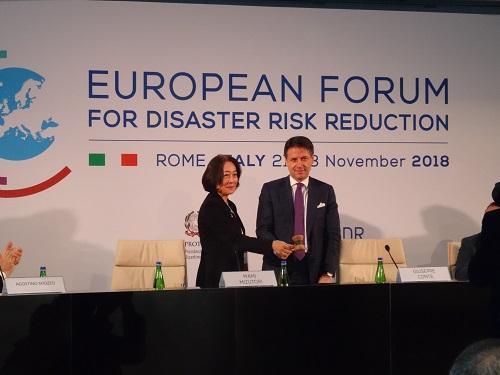 The head of UNISDR, Mami Mizutori, and the Prime Minister of Italy, Giuseppe Conte, declare open the European Forum for Disaster Risk Reduction