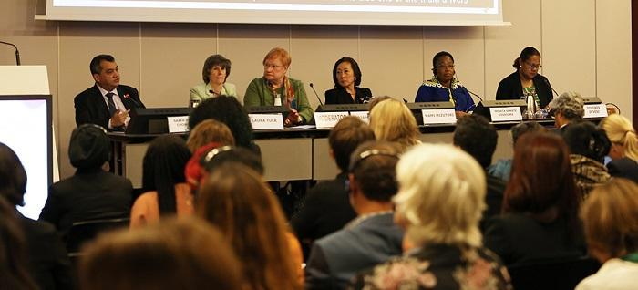 (L-R): Saber Hossain, Member of Parliament, Bangladesh; Laura Tuck, Vice President for Sustainable Development, World Bank; Tarja Halonen, former President of Finland; Mami Mizutori, SRSG for DRR; Minata Samate Cessouma, Commissioner for Political Affairs, African Union; and Dolores Devesi, OXFAM, Solomon Islands